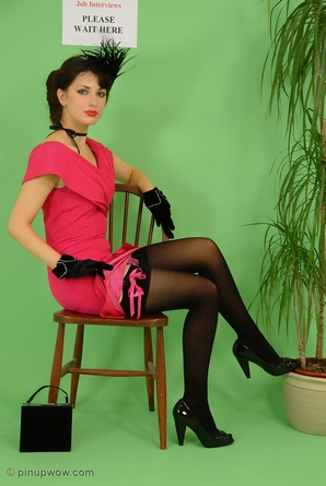 Today's Pin-Up   Pin-Up WOW!